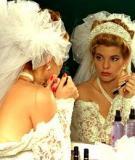 Mẹo vặt trang điểm trong ngày cưới