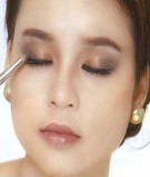 6 bước cơ bản trang điểm cho đôi mắt
