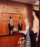 Giáo trình Quản trị khách sạn, nhà hàng - Quy trình đón tiếp khách của lễ tân viên