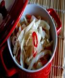 Tự làm món dưa chua ngày Tết