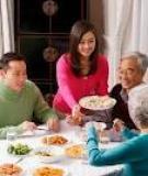 Bữa cơm gia đình và những lợi ích về sức khỏe cho các thành viên