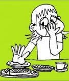 Lý giải hiện tượng buồn nôn khi ăn