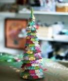 Đón Giáng sinh bằng… cây thông giấy