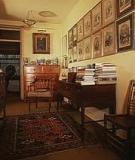 Georgian Furniture: Late 18th Century Furniture in England