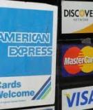 """Trả nợ thẻ tín dụng, vô ý sẽ """"dính"""" đòn oan"""