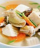 Canh thịt gà đậu trắng khoai môn