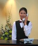 Tiếp tân khách sạn - Đóa hoa thông minh