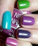 Những màu sơn và mẫu nail thời thượng