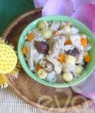 Cơm gà nấu hạt sen