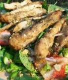 Salad gà nướng trái cây