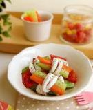 Salad mực cuộn rau