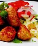 Salad thịt viên