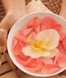Tác dụng dưỡng da kỳ diệu của nước hoa hồng