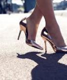 Chọn giày hợp mệnh để đón lộc năm mới
