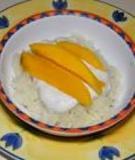 Cơm nếp xoài nước cốt dừa