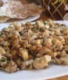 Chống ngán cho cả nhà với món bánh đa xúc nấm đậu