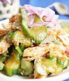 Chua cay món salad gà dưa leo kiểu Hàn Quốc