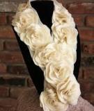 Dễ dàng làm chiếc khăn hoa ấm áp và đẹp mắt