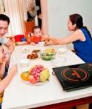 Bữa cơm gia đình ấm cúng với bào ngư nấu bồ câu