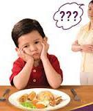Lý do trẻ ăn chậm