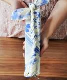 2 cách gói quà đơn giản với chiếc khăn vuông