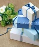 Hộp đựng quà đơn giản mà đẹp mắt