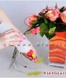 Cắm hoa sáng tạo với các bình 'hoa hồng trên cát'