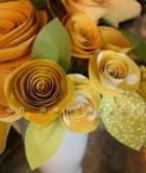 Tự chế bình hoa hồng cực đẹp từ các giấy bìa