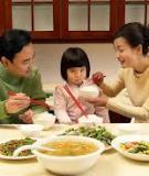 La mắng con trong bữa cơm - điều tối kị