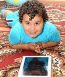 Năng động hơn - Giúp trẻ 2 tuổi học cách sử dụng đồ chơi