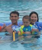 Để trẻ tập bơi thành công cha mẹ nên làm gì?
