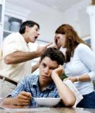 Cha mẹ cãi nhau gây tổn thương não trẻ