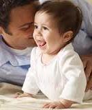 Nên và không nên khi trị rôm cho bé