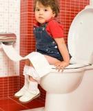 Cách phòng trị táo bón cho trẻ tại nhà