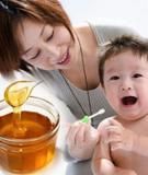 Những loại thực phẩm nên tránh cho bé dưới 1 tuổi ăn