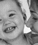 Những bé sinh vào mùa đông thường mọc răng chậm