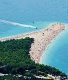 Độc đáo bãi biển Golden Horn - Croatia