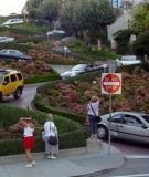 Đường Lombard - khu phố ngoạn mục nhất thế giới