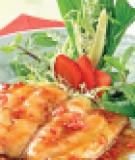 Cá chẽm xốt dâu tây