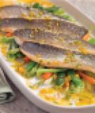 Phi lê cá chẽm áp chảo kèm xốt nghệ tây