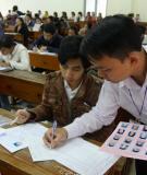 Đề thi tốt nghiệp và đáp án môn tiếng Anh năm 2013 - Chương trình Chuẩn và Nâng cao (Mã đề 913)