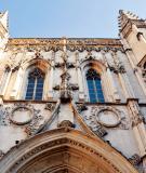 Kiến trúc thành cổ Avignon