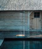 Tắm dưới mưa với vòi sen di động Cascade