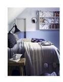 Trang trí nội thất phòng ngủ với màu xanh nổi bật và sang trọng