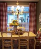 Phòng ăn đẹp mắt với những kiểu ghế ấn tượng