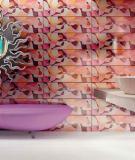 Sử dụng gạch gốm giúp làm rộng phòng tắm