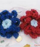 Làm hoa cài áo len tặng cô giáo đi!