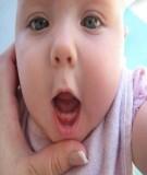 Chăm sóc trẻ mọc răng