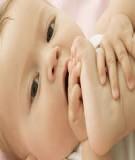 Bé sốt mọc răng và cách chăm sóc