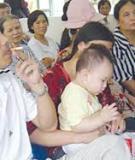 Đừng để khói thuốc lá gây hại cho con trẻ